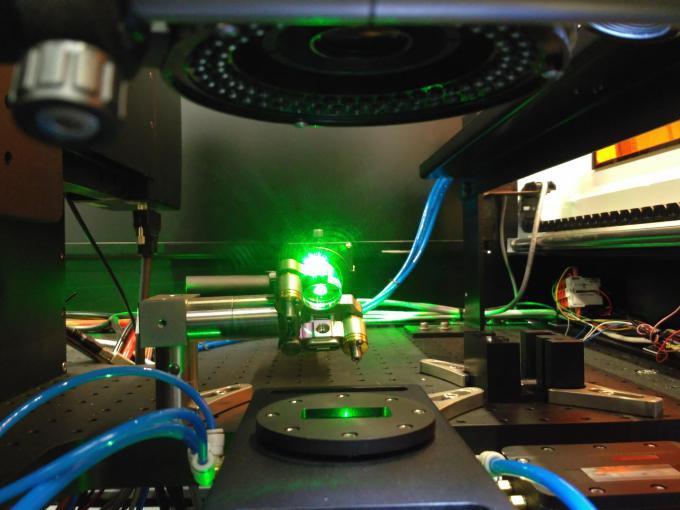 LEA PAPS desarrolla un sistema de soldadura láser que demuestra su funcionamiento en el sellado de un dispositivo microfluídico real