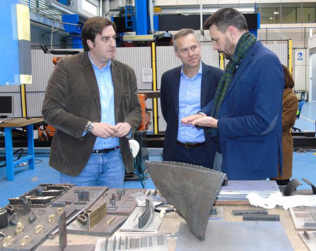 AIMEN receives the visit of Ignacio Bueno, director of PSA Vigo