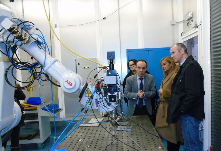 La presidenta de la Diputación de Pontevedra visita AIMEN